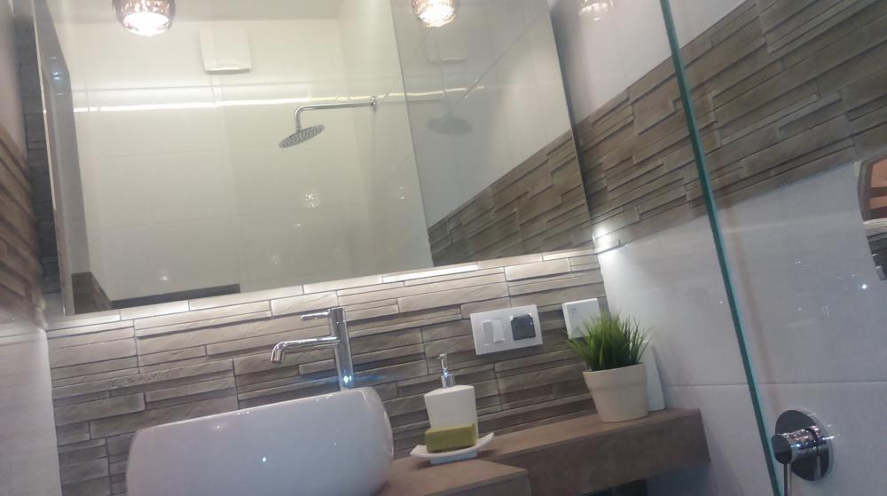 Mała łazienka 23m2